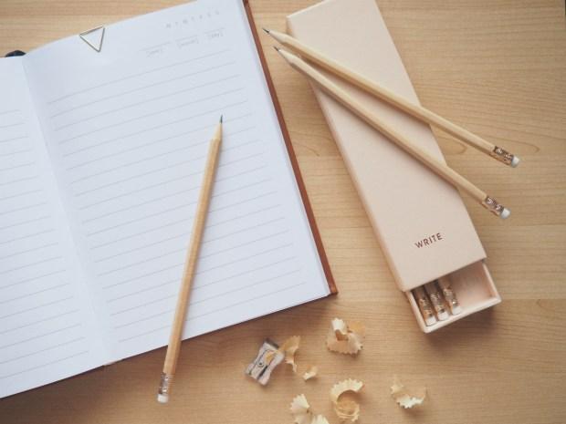 Författardrömmar - en skrivbok och tre vässade pennor