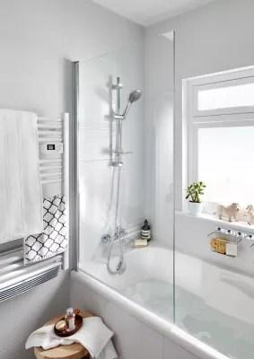 pare baignoire 1 volet verre transparent anticalcaire goodhome calera h 140 x l 85 cm