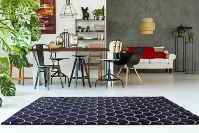 tapis ecailles bleu 150 x 200 cm