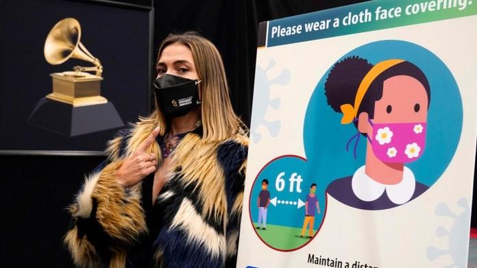 A peek behind the masks, pandemic precautions at the 2021 Grammys