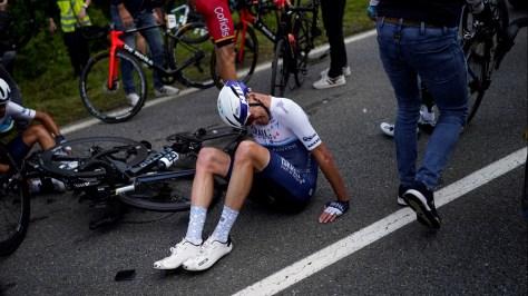 Report: Fan involved in crash at Tour de France arrested