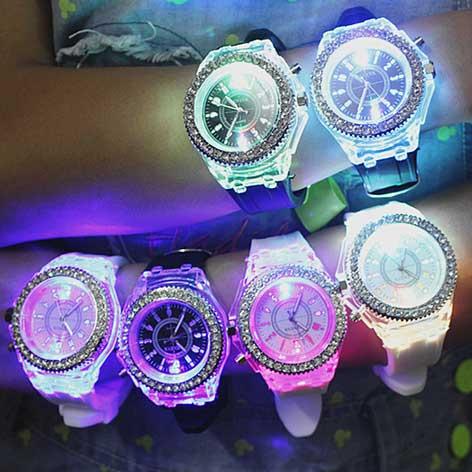montre lumineuse led pour femme avec 8 couleurs au choix