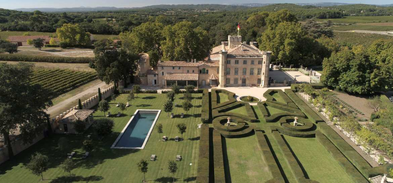 découvrir le patrimoine historique des BOUCHES-DU-RHONE depuis la villa baulieu et ses jardins
