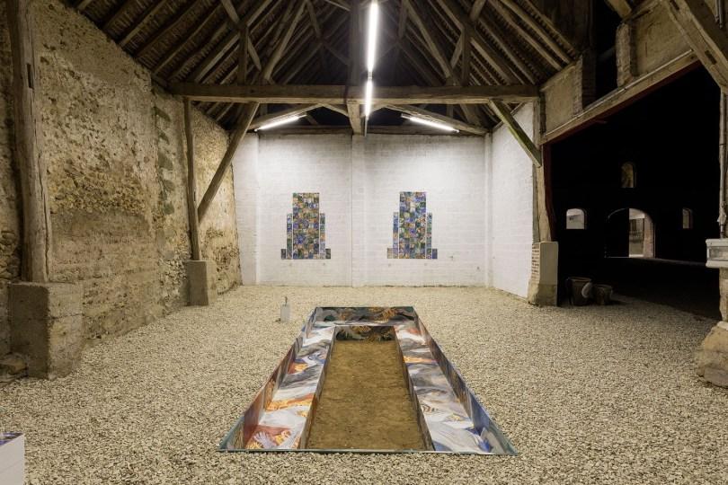 découvrir le patrimoine historique de la YONNE au chateau du fey avec sa propriétaire lors des expositions d'art contemporain