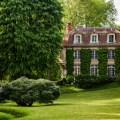 découvrir le patrimoine historique des YVELINES depuis le jardin du manoir de migneaux