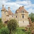 l'histoire château du blanc buisson et des aménagements des jardins fleuris par ses propriétaires