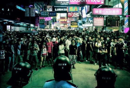 10月18日,群眾重奪旺角雨傘革命佔領區