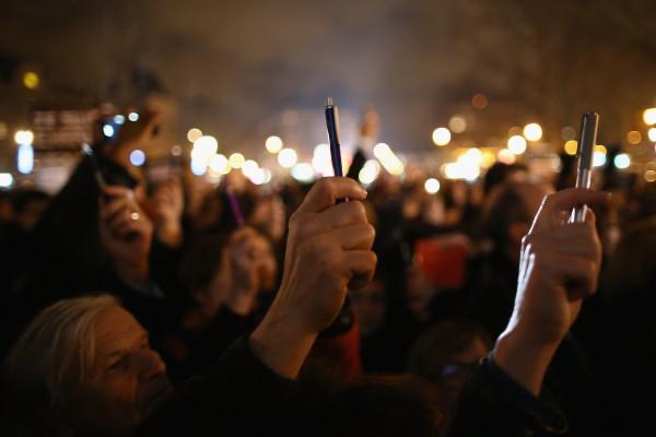 法國全國370萬抗議,捍衛言論自由