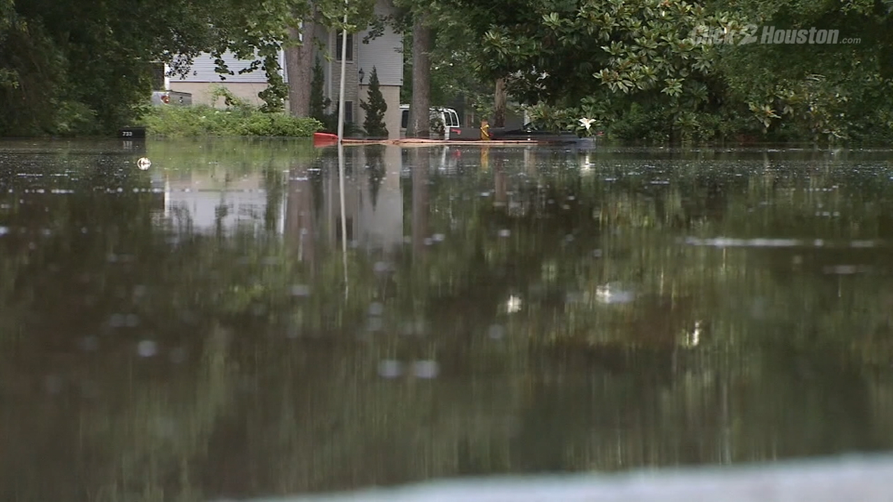 Conroe residents forced to evacuate during Memorial Day...