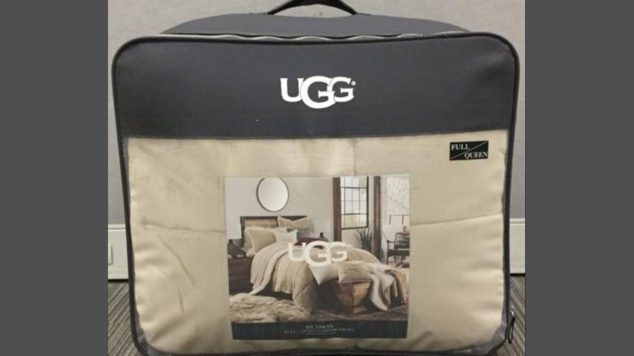 Bed Bath Amp Beyond Recalls UGG Comforters That Could Be Moldy