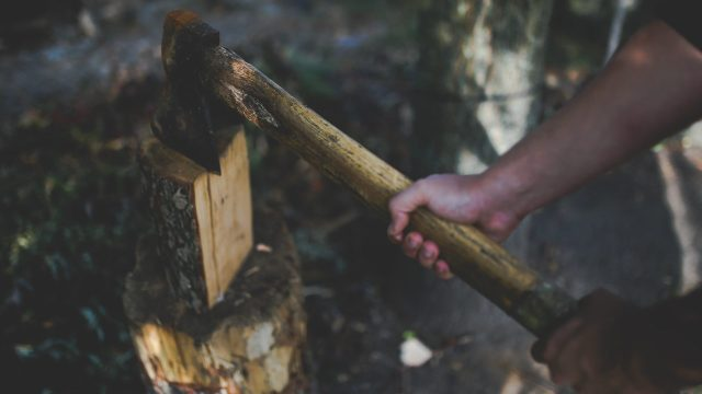 ax-generic-pexels_1540604739683_13089091_ver1.0_1280_720 Alcohol and axes: A match made in heaven?