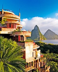 Jade Mountain, - Resort Review - Cond Nast Traveler