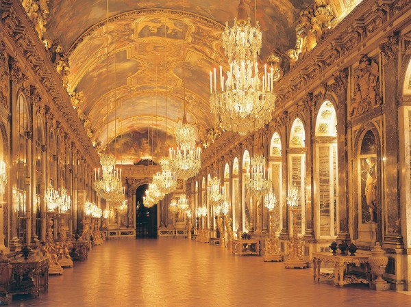 Royal Replicas Versailles Peterhof Palace