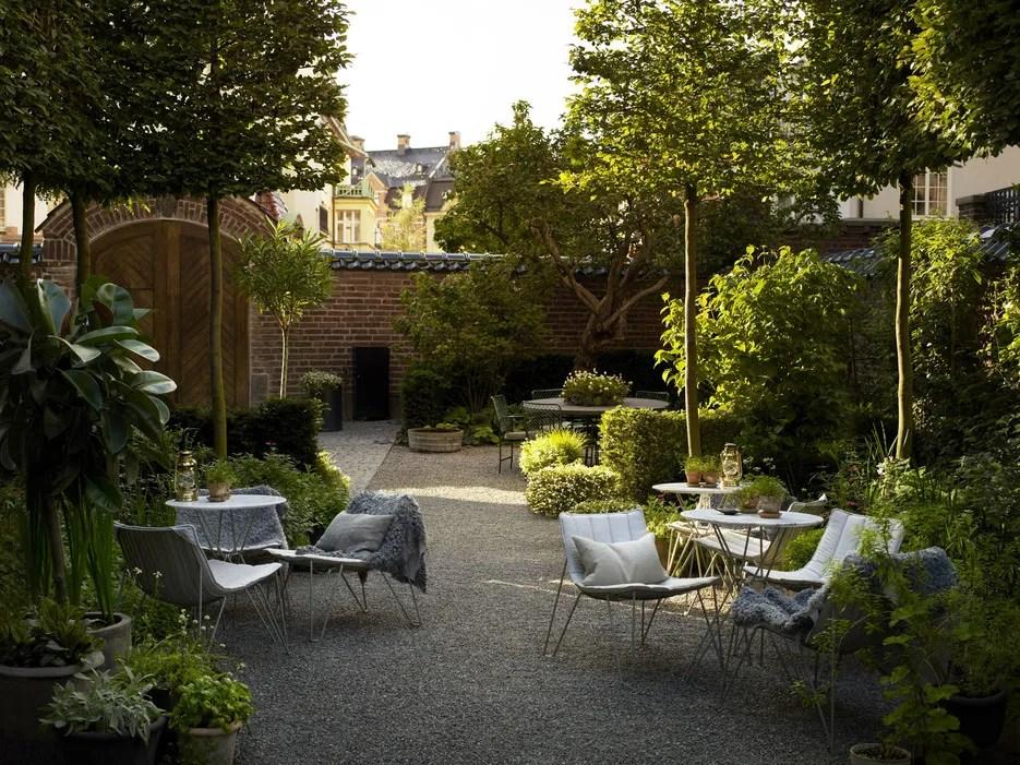 Who Needs Gramercy Park? 19 Beautiful Hotel Gardens - Photos - Condé Nast Traveler