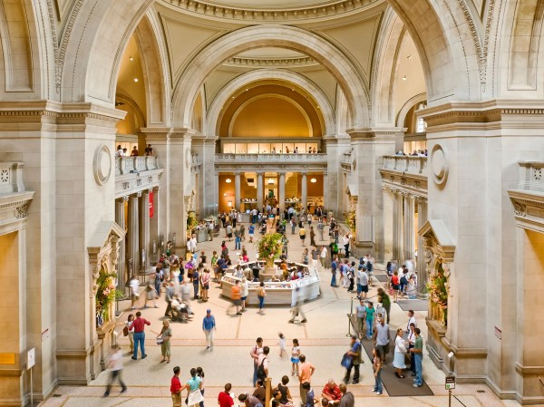 Metropolitan Museum Of Art York - Activity &