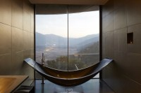 The World's Most Luxurious Hotel Bathrooms - Photos ...