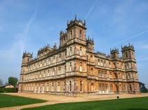 Visit Downton Abbey's Highclere Castle for a Christmas ...