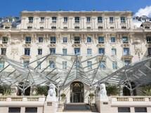Peninsula Paris France - Hotel &