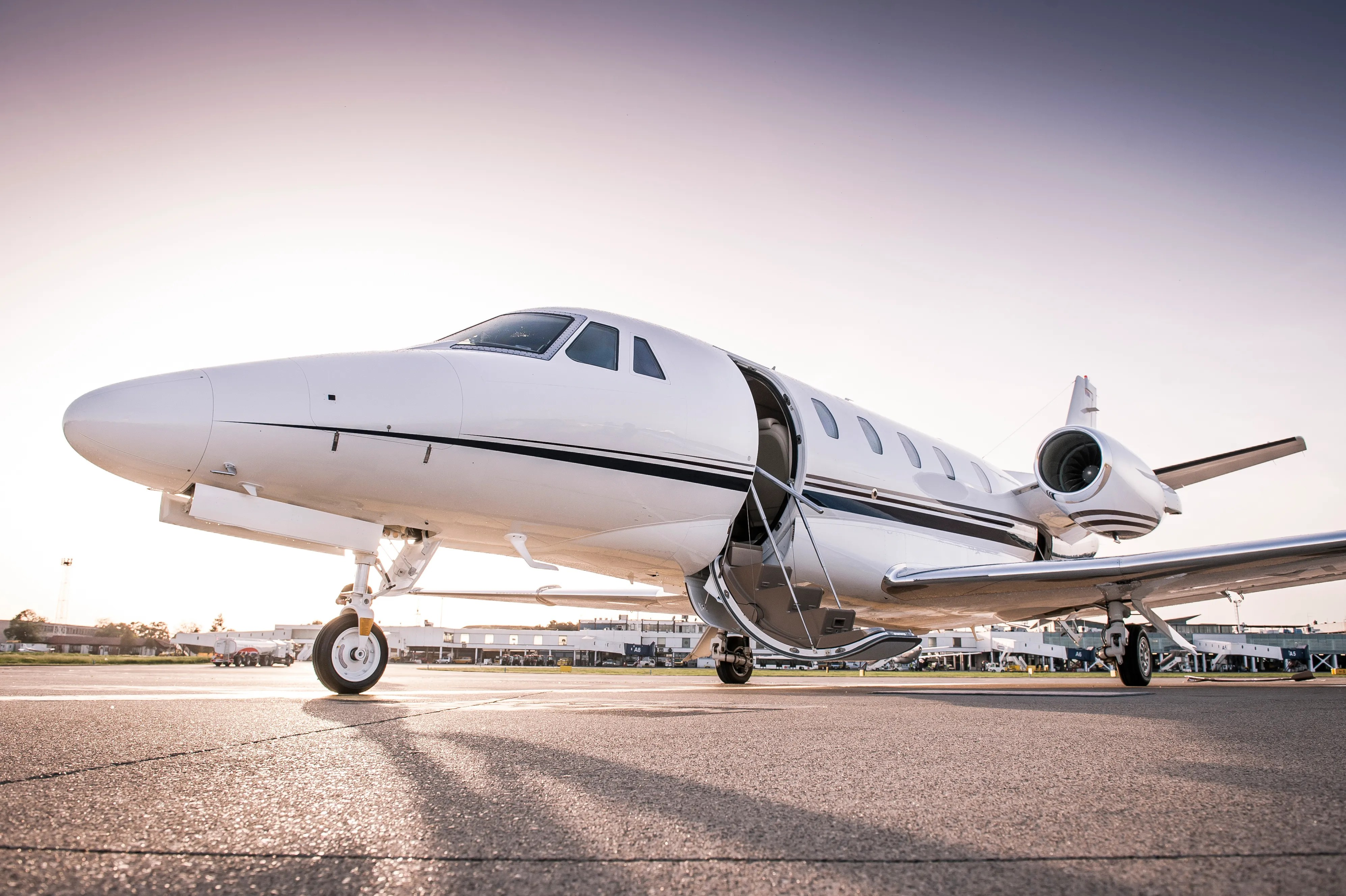 What You Need To Know Before Flying On A Private Jet Conde Nast Traveler
