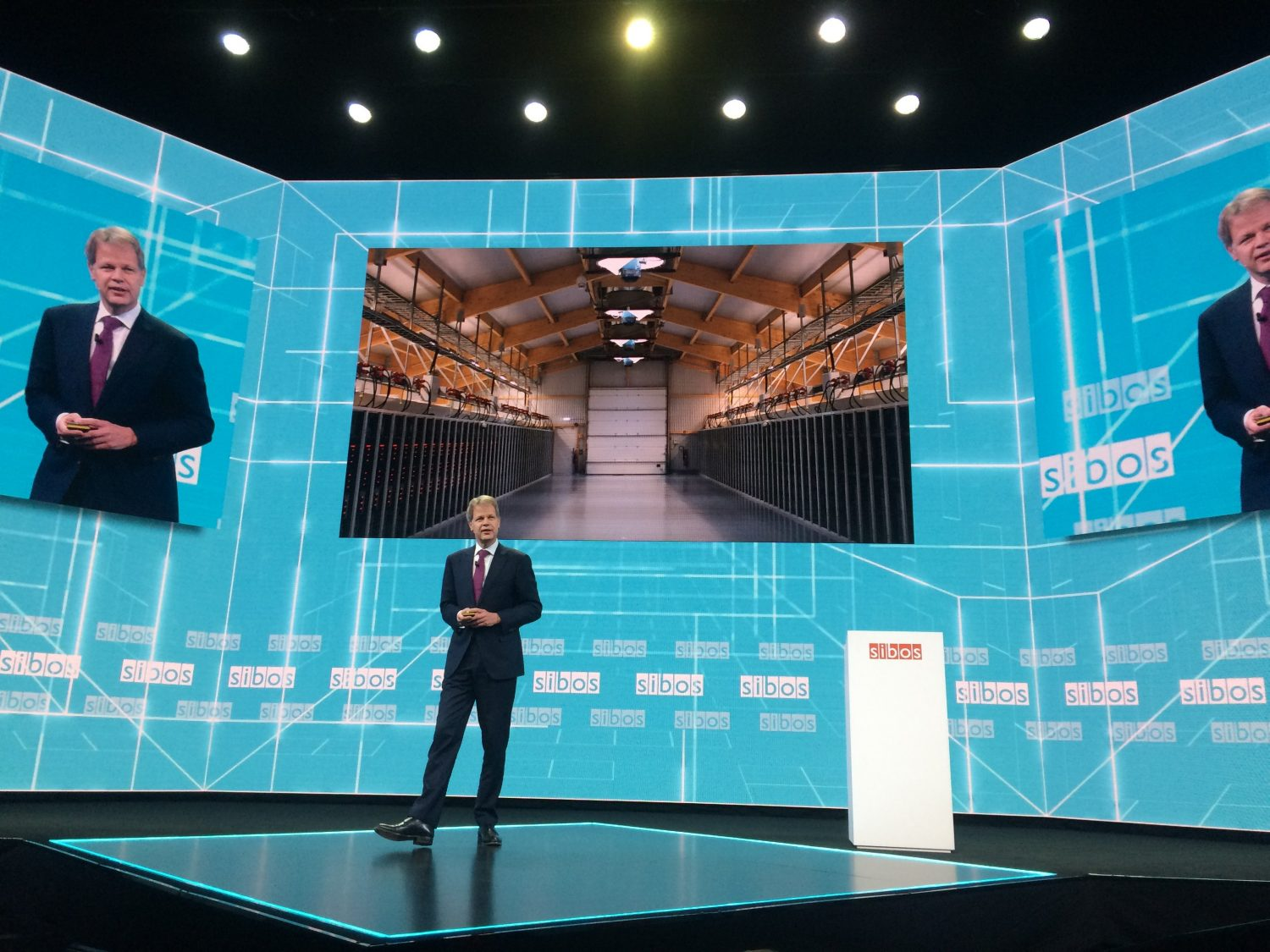 Sibos Highlights Swifts Complicated Relationship With Blockchain  CoinDesk