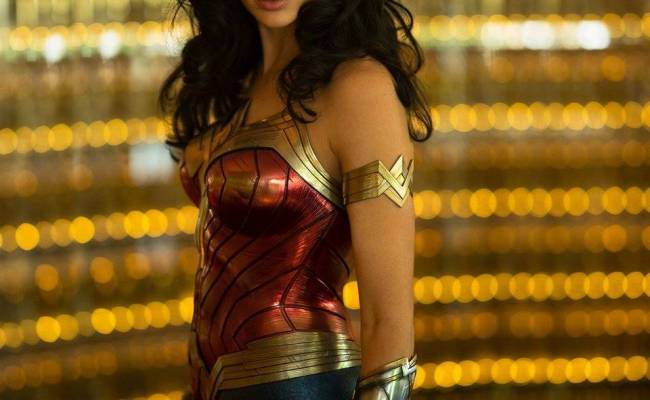 Wonder Woman 1984 First Look At Gal Gadot In Costume