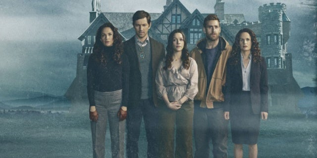 Netflixs The Haunting of Hill House Cast Members Couldn