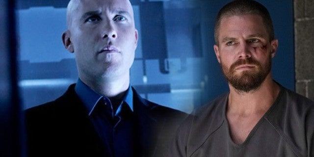 Arrow Hero Stephen Amell Says Smallville Villain