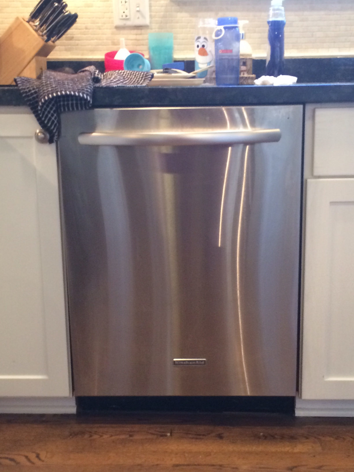 kitchen aid dishwasher reviews hotels with kitchens in waikiki top 787 complaints and about kitchenaid