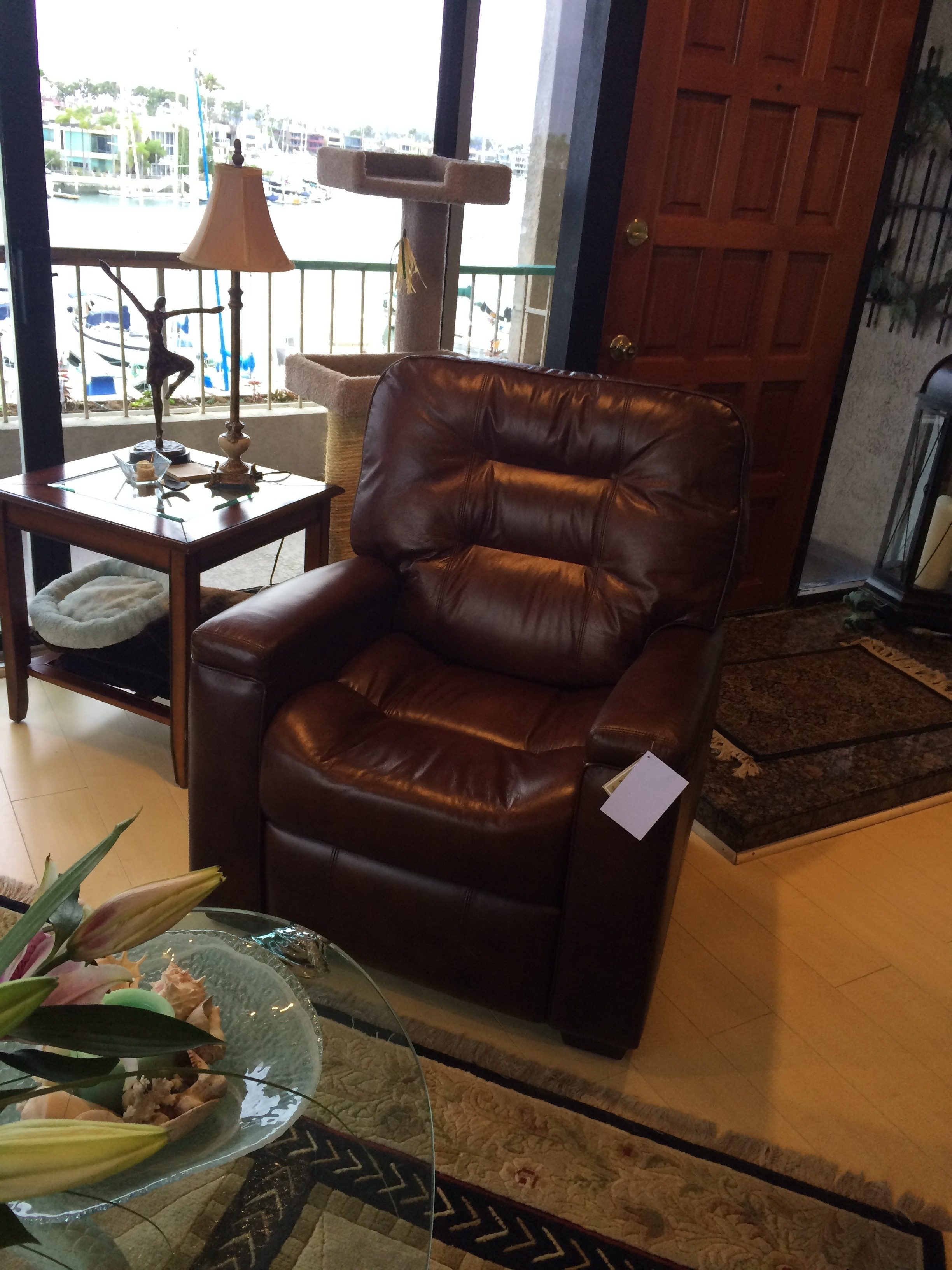 Top 88 Complaints And Reviews About Thomasville Furniture & Thomasville Benjamin Sofa Reviews | Centerfieldbar.com islam-shia.org