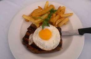 barristers-steakeggchips1[2]