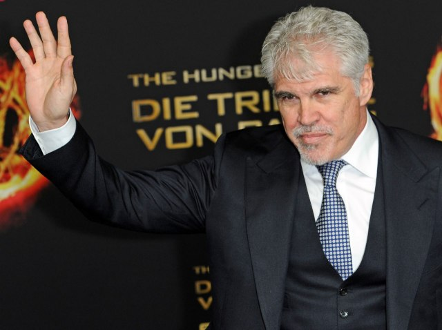 It's official: Gary Ross has bowed out of directing the Hunger Games sequel, Catching Fire 5