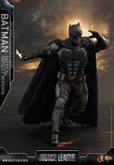 JL Tatctical Batman (15)
