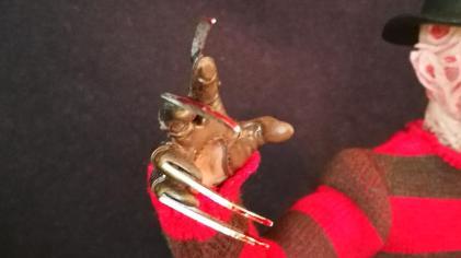 Sideshow Freddy (2)