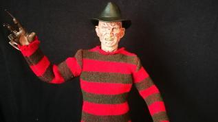 Sideshow Freddy (3)