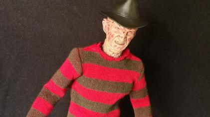 Sideshow Freddy (5)