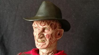 Sideshow Freddy (7)