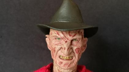 Sideshow Freddy (8)