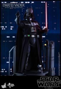 Hot Toys Darth Vader (1)