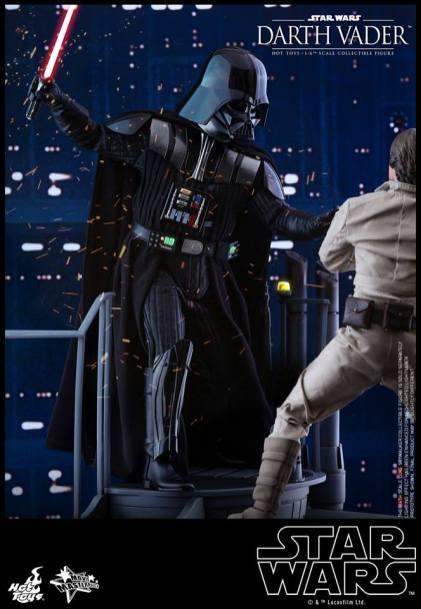 Hot Toys Darth Vader (12)