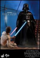 Hot Toys Darth Vader (15)