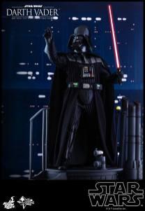 Hot Toys Darth Vader (8)