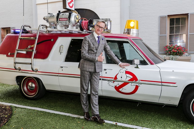 Paul Feig to direct adaptation of The School of Good and Evil for Netflix 4