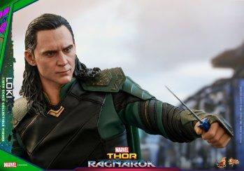 Hot Toys Loki (19)
