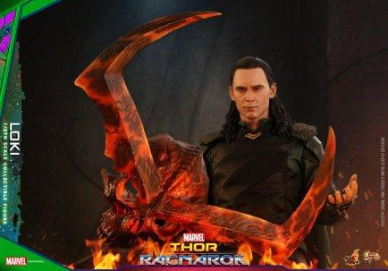 Hot Toys Loki (22)