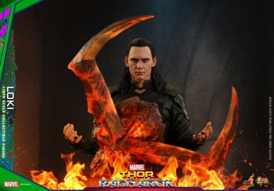 Hot Toys Loki (3)