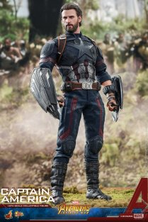 Hot Toys IW Captain America (2)