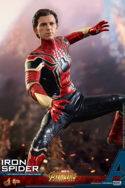 Hot Toys Iron Spider (10)