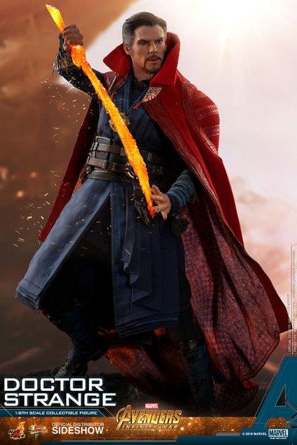Hot Toys Doctor Strange (8)
