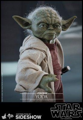 Yoda Hot Toys (10)