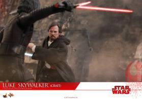 Hot Toys Luke Skywalker Crait (17)
